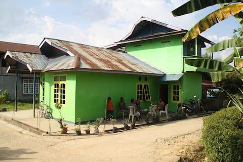 Samarinda Dede's Guesthouse