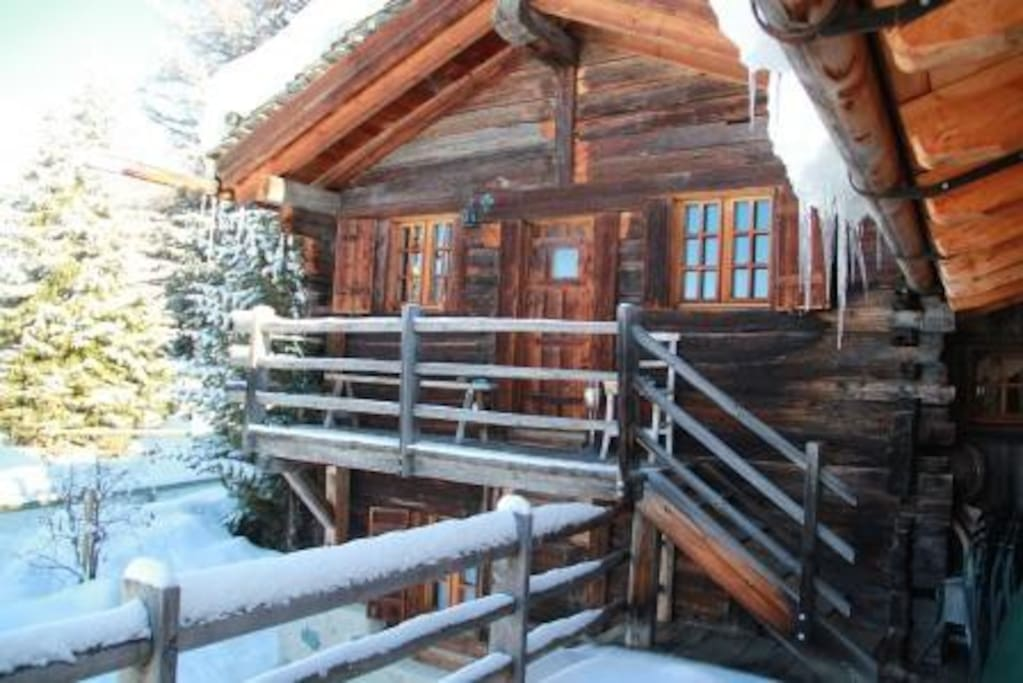 Chalet teddy bear 90m2 3 chambres chalets louer for Chambre a louer verbier