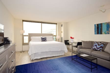 Chicago Sublets Short Term Rentals Rooms For Rent Airbnb Chicago Ch