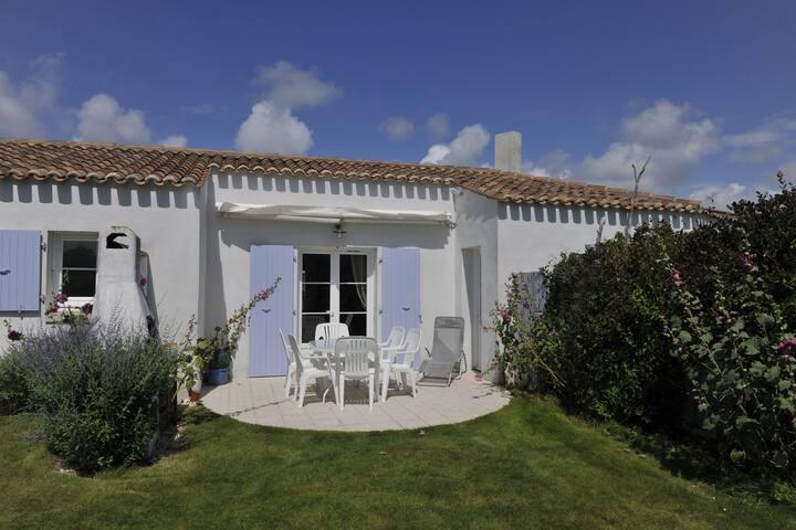 Chambres d'hôte au coeur des vignes - Saint-Pierre-d'Oléron - ที่พักพร้อมอาหารเช้า