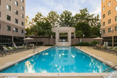 Downtown gated community - Apartment