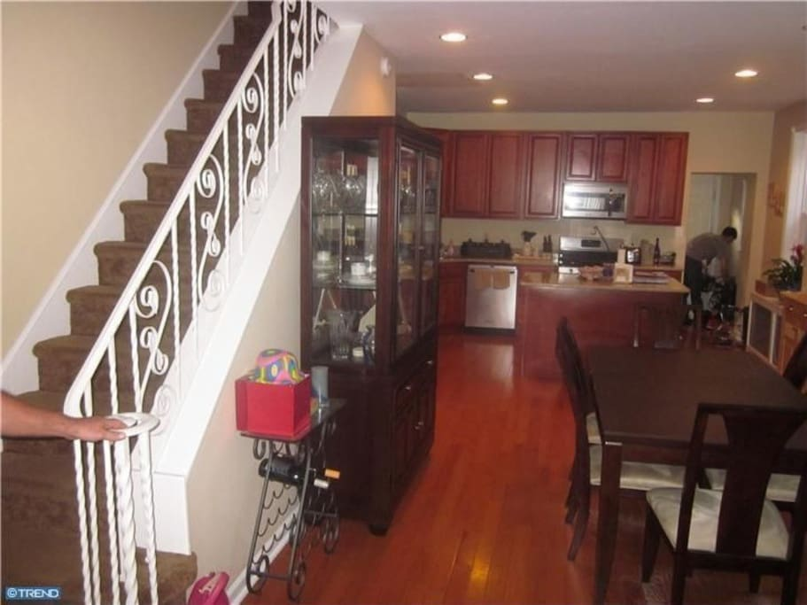 Spacious 3 Bedroom Home Available Houses For Rent In Philadelphia Pennsylvania United States