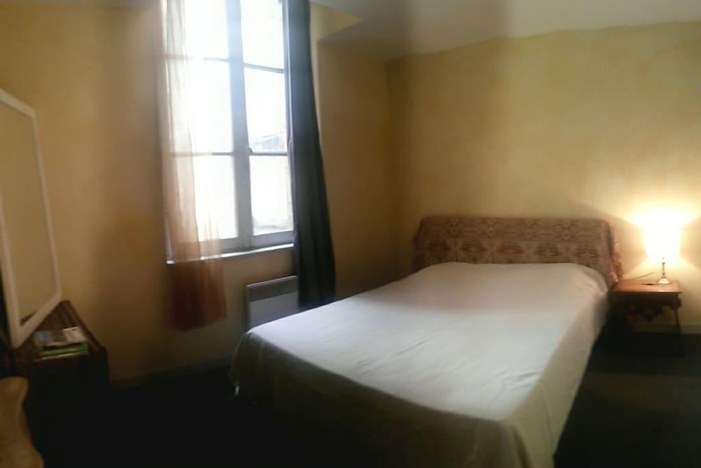 La chambre (vue panoramique)