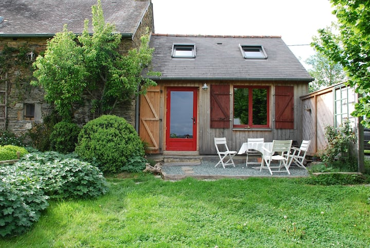 Le Petit Gîte de Langon maison écologique avec vue