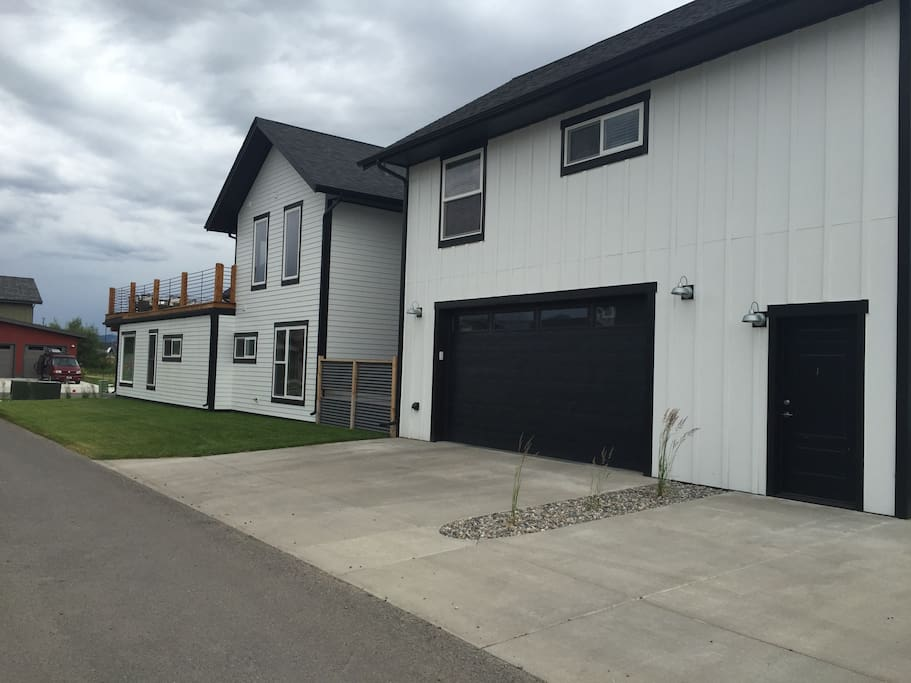 Newly Built Spacious Gorgeous Apartments For Rent In Bozeman Montana United States