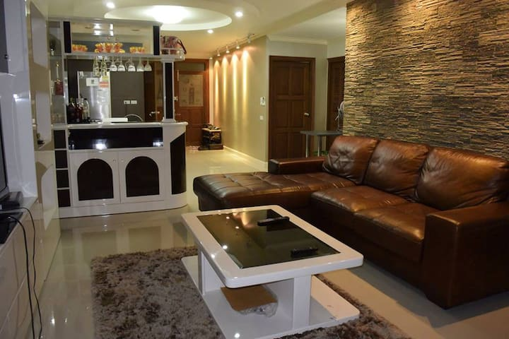 Luxury Private,Family suit,River vi