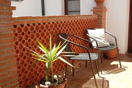 Beautifully restored old town house - Álora - Casa