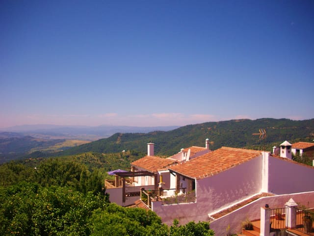 The 'Casa' Sleeps 5 - FABULOUS VIEW - Gaucín - Pis