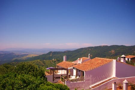 The 'Casa' Sleeps 5 - FABULOUS VIEW - Gaucín