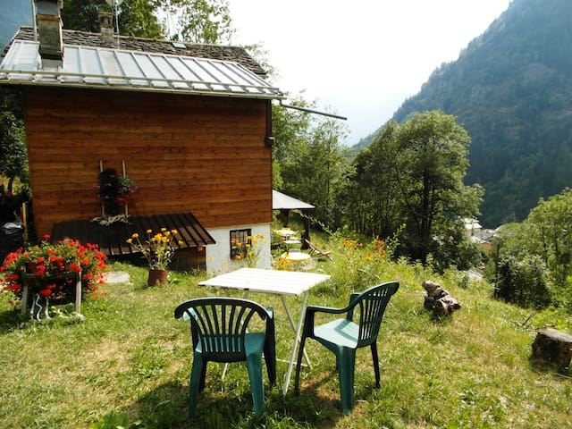 Stone Chalet in Italian Alps - Gaby - Zomerhuis/Cottage