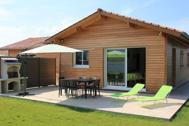 Gite Maison Bois au Pays Basque - Saint-Jean-le-Vieux - Hus