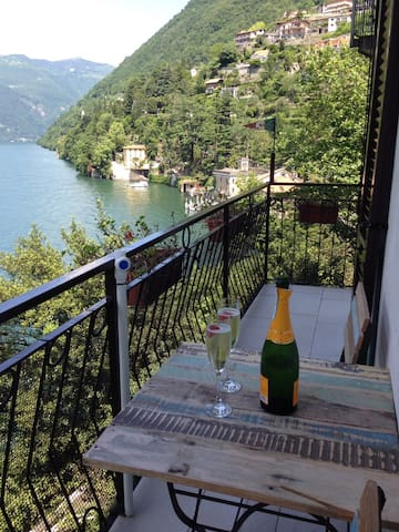Casa Alicia - wonderful lake view - Nesso - Appartement