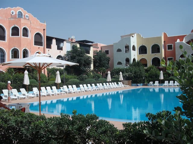 Appartamento con piscina - Marina di Pisticci - Leilighet