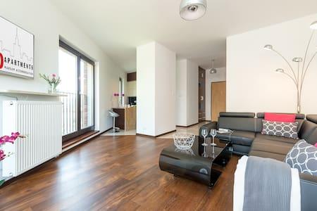 2 bedroom apt. LIWIECKA - Warszawa