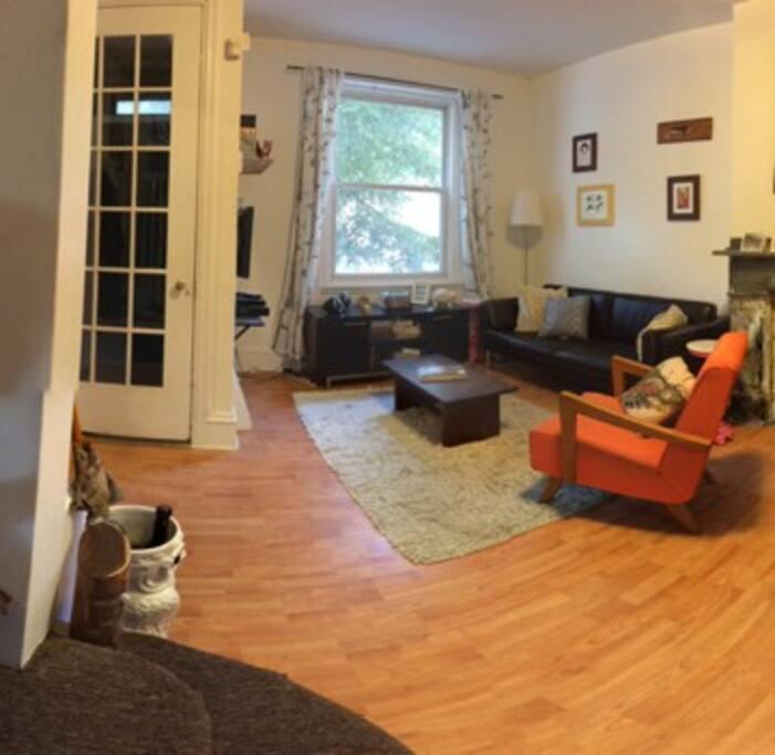 Living room and vestibule.