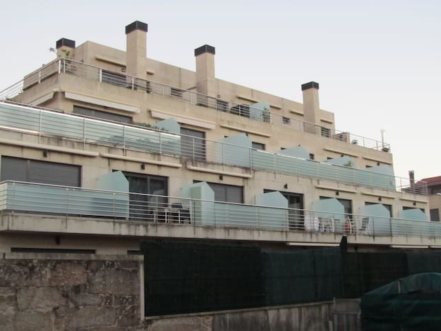 Bayona a 100 metros playa Ladeira - Bayona - Apartamento