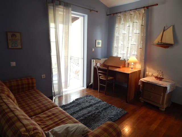 2 lovely bedrooms,Private bathroom - Νέα Σινώπη - 獨棟