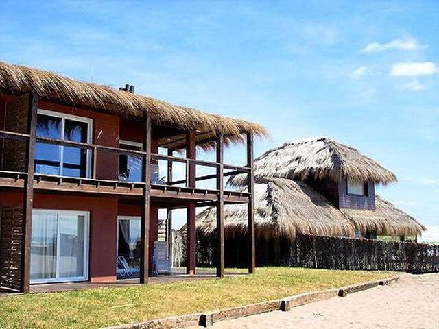 Chacras del Mar - Depto en la playa - Mar Azul - Lägenhet