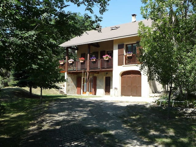 Chalet to rent near Briançon - Puy-Saint-André