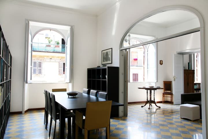 Renovated! Very comfy & CENTRAL! - Roma - Apartment