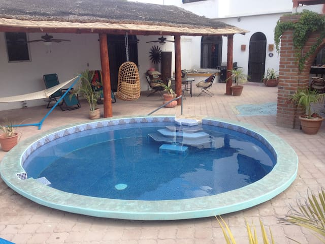 Casa Cardon--Cozy-Private-Spacious - La Paz - House
