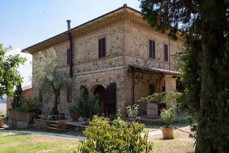 Country house near Siena - Murlo