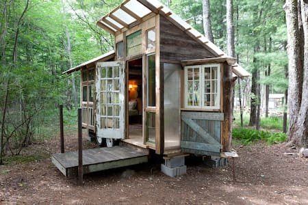Tiny Home on Farm Upstate Catskills - Woodridge