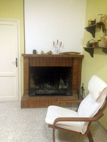 Like local in the heart of Amelia. - Amelia - Appartement