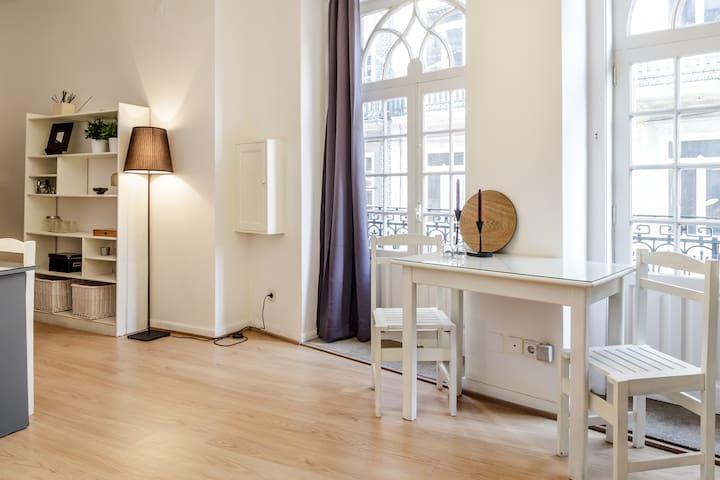 PORTA 33 LOFT DOWNTOWN SPOT WIFI - Porto - Apartment