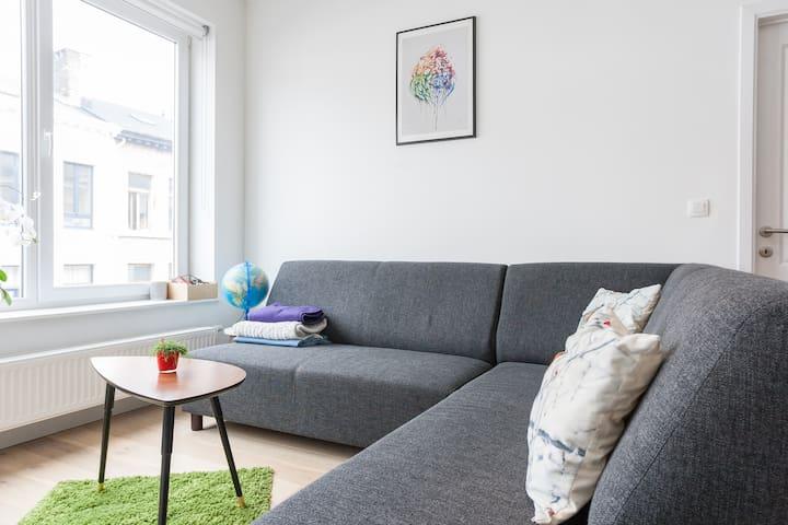 Modern, light & central appartment - Ambéres - Apartamento