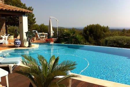 Chambre villa provençale vue mer - La Valette-du-Var