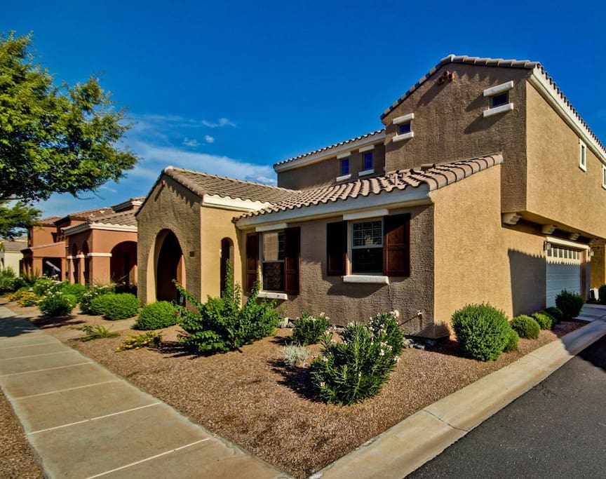 shop dine golf sleeps 8 houses for rent in gilbert arizona united states