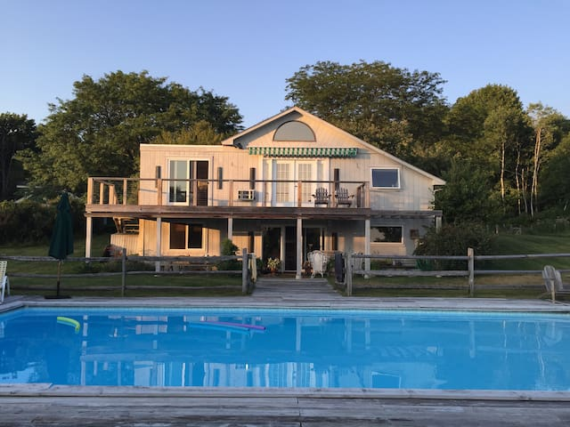 Hudson Valley country home w/ pool - Dover Plains - House