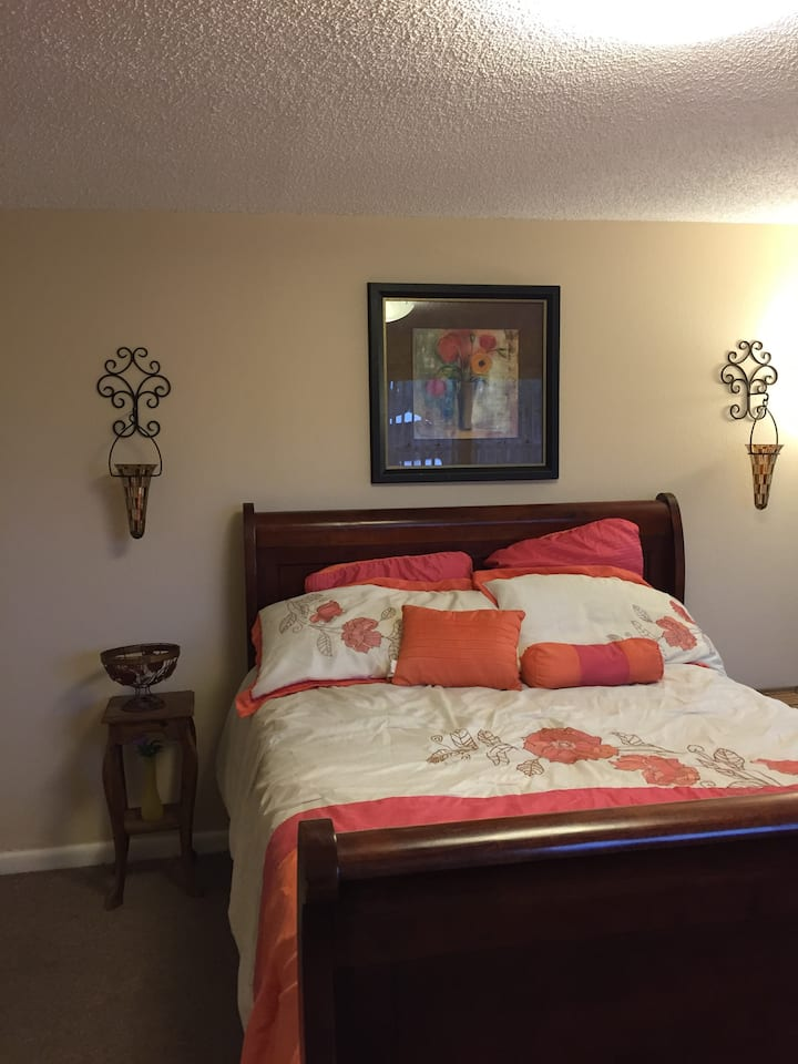 Bedroom in the heart of Orlando