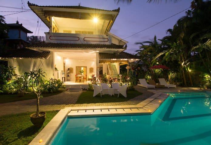 Your Bali Paradise in Seminyak