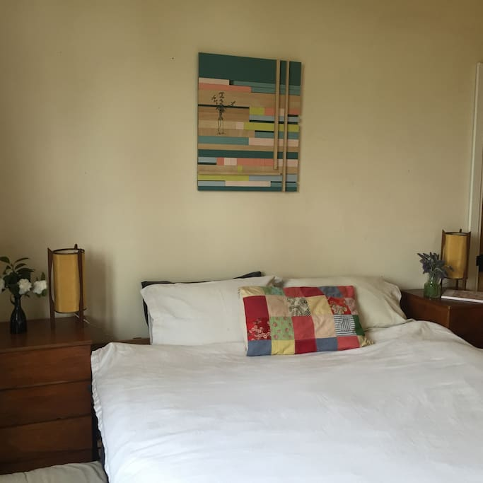 Main bedroom with king size bed and ensuite bathroom