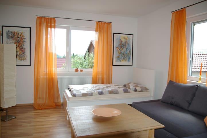 Ferienwohnung in ruhiger Lage - Reutlingen - Kondominium