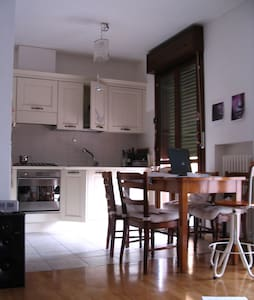 Bright  flat in the hills - Albinea