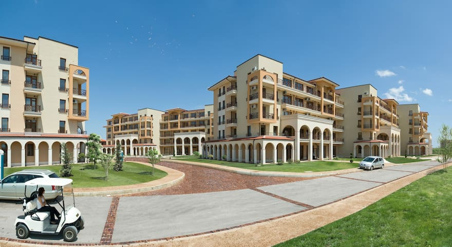 One-Bedroom Apartment, located at Lighthouse Golf - Balchik