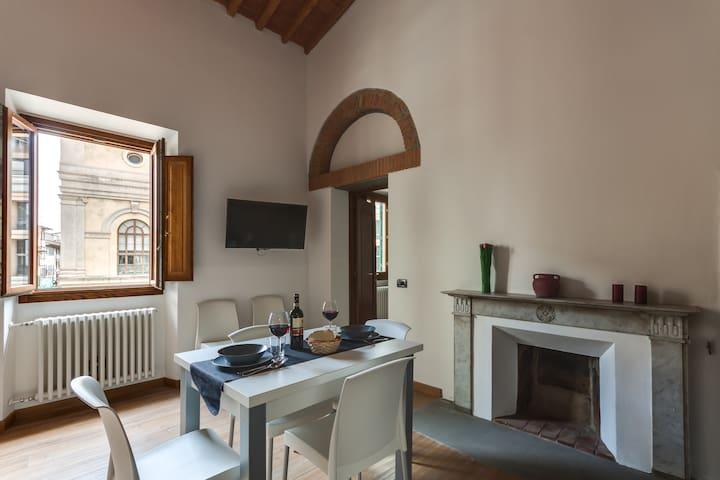 Family Apartments- Uffizi 2