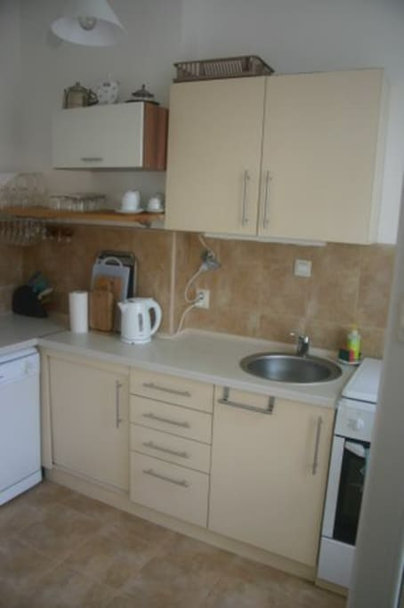 Kitchen, fully equiped with fidge,washdisher,microvave,stove with oven,toaster