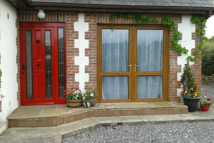Tranquil country home - Clonkeefy, Oldcastle - Rumah