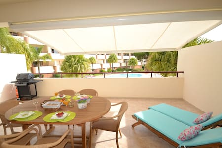 Lux 1BD with terrace/pool:Vilamoura - Quarteira - Ortak mülk