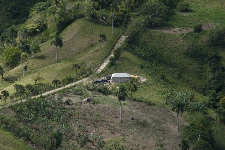 Casa en la Montaña, Rustica - Puerto Plata - Huis