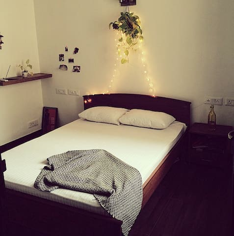 Boutique Space in Greater Kailash - 1, M Block. - New Delhi - Apartment
