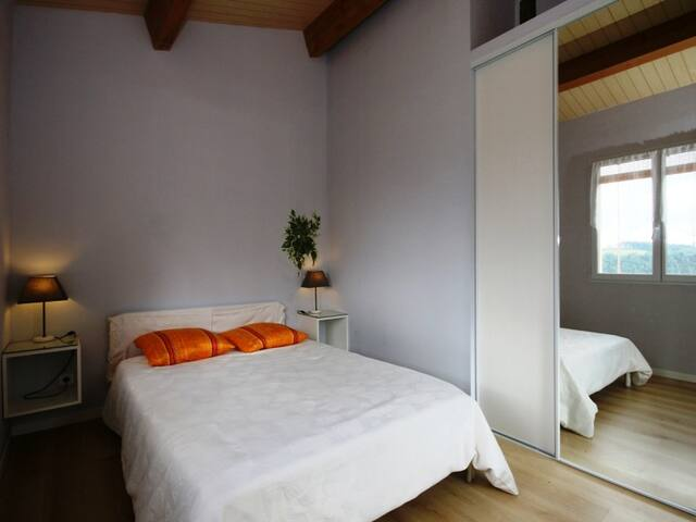 Chambre vue Pyrénées côté sud