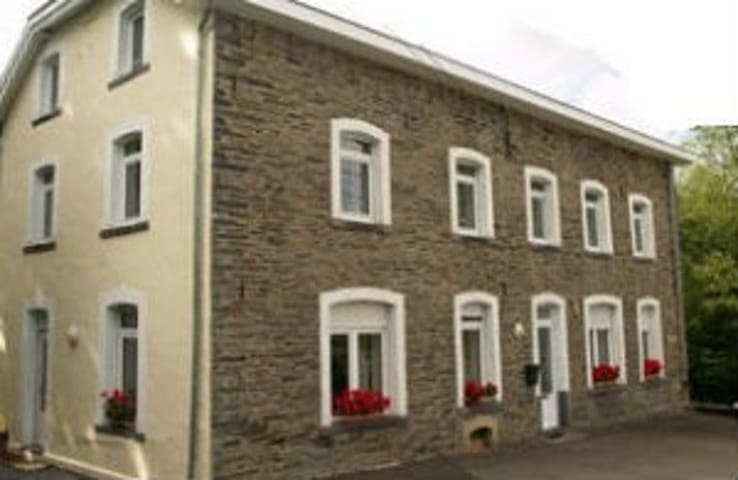 Ancienne Scierie - Vielsalm - Bed & Breakfast