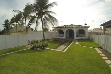 Excelente casa na beira mar - Ponta de Pedras