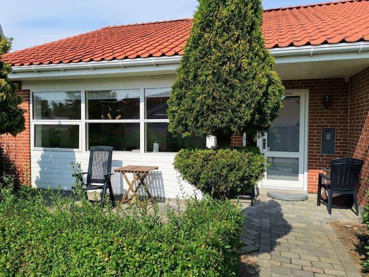Hus lige uden for Århus - tæt på centrum