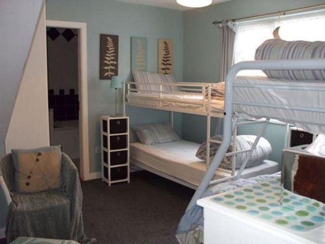 Private ensuite Room sleeps 3
